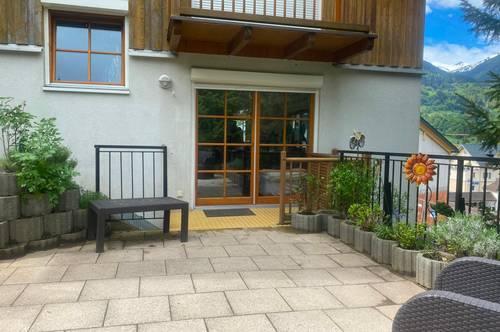 liebevolle 3 Zimmer Garten - Etagenwohnung mit Terrasse