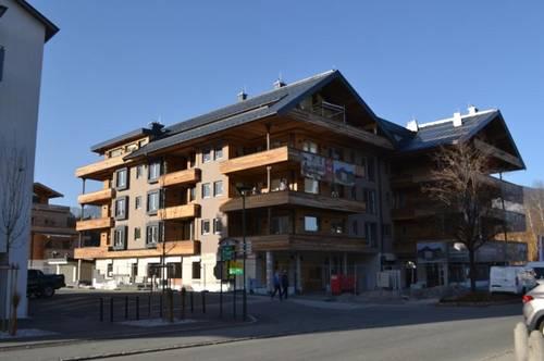 Neu errichtete Dachgeschoss-Wohnung mit unverbaubarem Weitblick