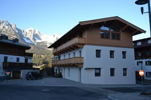 Hochwertige Dachgeschoss-Mietwohnung im Zentrum von Ellmau in Tirol