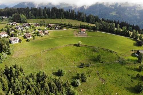Sonniges Panoramagrundstück mitten in Kärnten