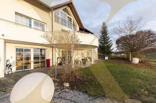Großzügiges Ein-/Mehrfamilienhaus traumhaftem Ausblick & Pool in Herzogsdorf/Mühlviertel zu verkaufen!