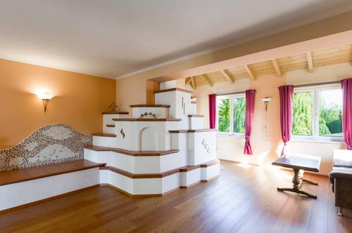 Schnäppchen! 5 Zimmer, Sauna und Kellerstüberl, Kaminofen und Doppelgarage im schönen Weinviertel!