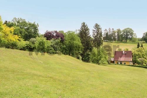 Leben Sie naturnah bei Graz: Voll aufgeschlossenes, ca. 1.800 m² großes Baugrundstück