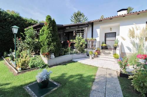 Wohntraum mit Garten-Oase: 4-Zi.-EFH mit Naturgarten und Doppelgarage 25 km südlich von Wien