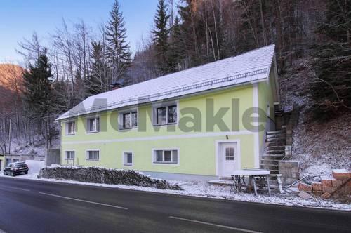 Kurortlage mit Panoramablick: Wohnhaus mit 3 Wohneinheiten und zahlreichen Nutzungsoptionen