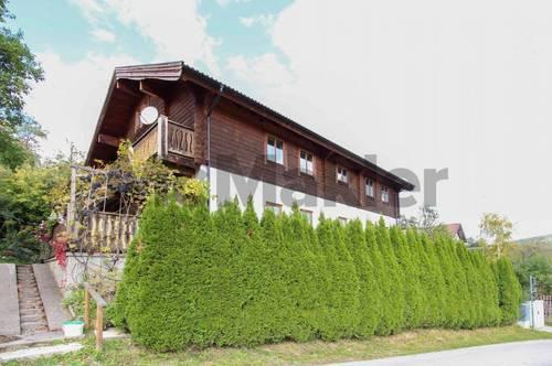 Großzügiges Bauernhaus im schwedischen Landhausstil nahe Semmering