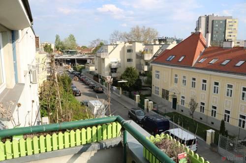 1120 Hetzendorf: lichtdurchflutete Dachgeschoßmaisonette in Grünruhelage