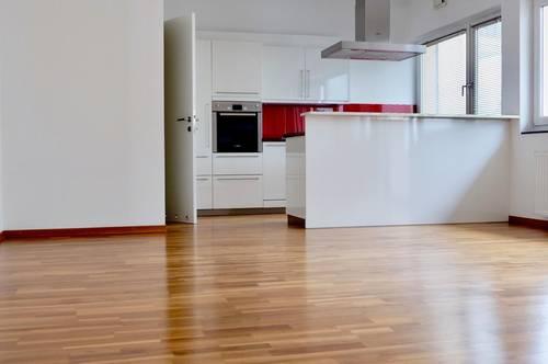 *Provisionsfrei* Offenes Wohnerlebnis auf 61 m2 mit 2 Zimmern I Salzachnähe