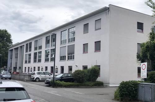 2 Einzelbueros mit 25m2 oder 1 Buero 50m2- Ginzkeyplatz in ausgezeichneter Lage Salzburg Süd - PROVISIONSFREI