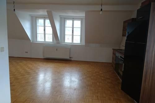 Nachmieter für 4 - Zimmerwohnung gesucht, provisionsfrei