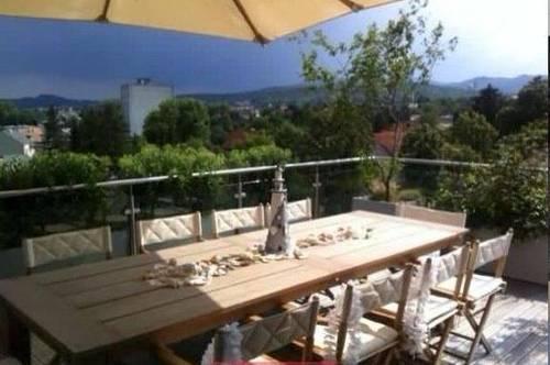 Luxus Penthouse mit 135m2 Terrasse und Fernblick