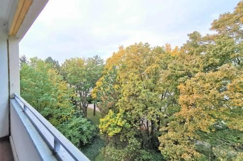 DB IMMOBILIEN | WARMMIETE inkl. Heizkosten!!! Großzügige 3-Zimmer Wohnung samt gemütlicher Loggia mit Blick ins Grüne !!!
