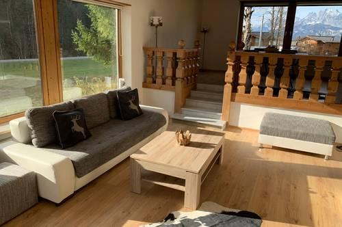 Vollmöbliert, luxus Wohnung mit direkten Ausblick aufs Kaisergebirge.