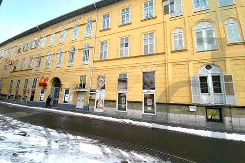 Wunderschöne 3 Zimmerwohnung in historischem Haus in Top Lage von Bad Ischl zu verkaufen!