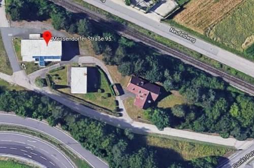 Nähe Autobahn: Gewerbegrundstück mit Altbestand von Gebäuden!