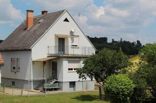 EINFAMILIENHAUS inkl. Wirtschaftsgebäuden (3-Kant-HOF)