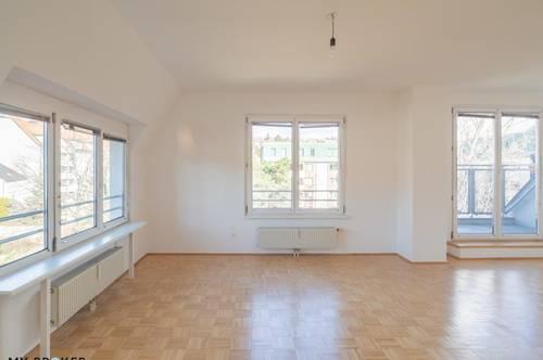 Schöne 3-Zimmer Dachgeschoss Maisonette in unmittelbarer nähe zum Krankenhaus Göttlicher Heiland