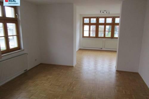 Nette, helle 2-Zimmer-Wohnung mit Balkon