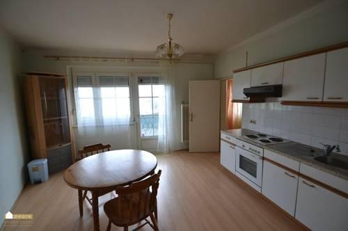 Wohnung mit Schlafzimmer, Küche Balkon, inkl. Heizkosten