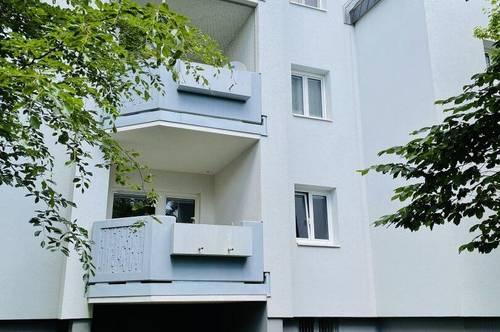 Renovierungsbedürftige Wohnung in sanierter Wohnhausanlage