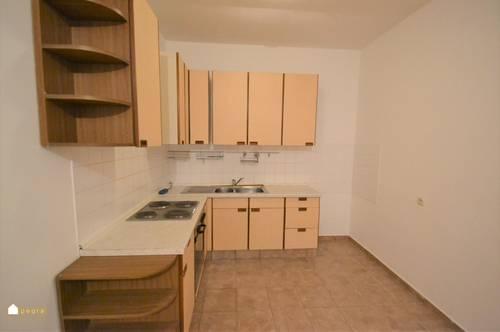 ruhig gelegene Erdgeschoßwohnung mit Wohnküche und Schlafzimmer