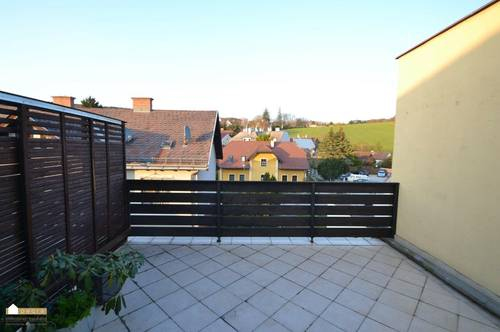 Dachgeschoß Wohnung mit großer Terrasse