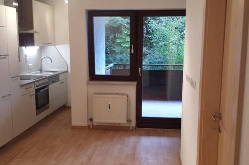 Kleine 2 Zimmerwohnung mit großer Terrasse
