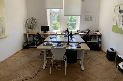 Zentrales großzügiges Büro