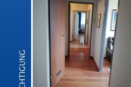 Gepflegte 4-Zimmer-Eigentumswohnung mit Loggia