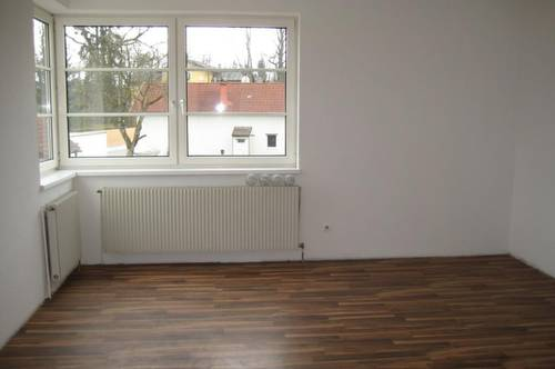 Schöne 4-Zimmer-Wohnung in ruhiger Lage