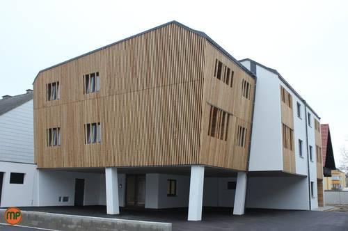 Wohlfühlen mit Holz - 2 Zimmerwohnung mit Loggia