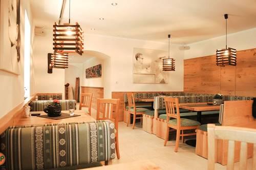 Hochwertig renoviertes Gasthaus mit geplanter Veranstaltungshalle