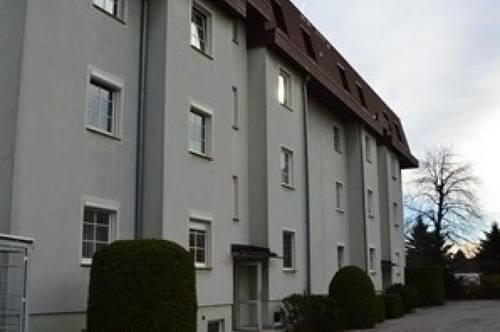 Sanierte 3-Zimmer-Dachgeschoss-Wohnung Nahe dem Bahnhof Leobersdorf
