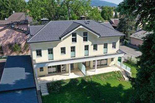 ERSTBEZUG, PROVISIONSFREI, DIREKT VOM BAUTRÄGER!!! Modernes Doppelhaus mit 4 Zimmern, Atelier, Homelift, großer Terrasse, Balkon und Garten