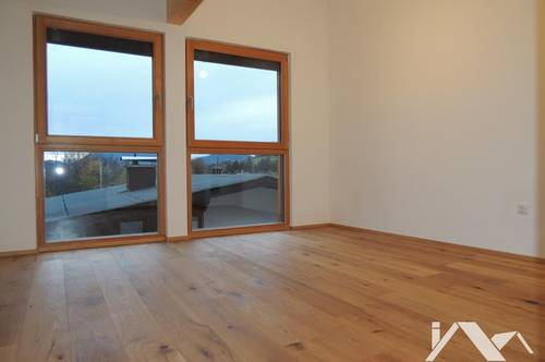 Kaiserblick & Tiroler Charme: Wunderschöne, kernsanierte 3-Zimmer-Wohnung im Erstbezug zu mieten