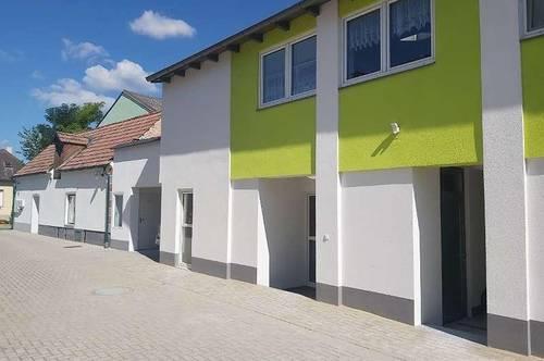 *** Mehrfamilienhaus perfekt für Anleger /Großfamilien *** mit uneinsehbarem Garten***30km von Wien***