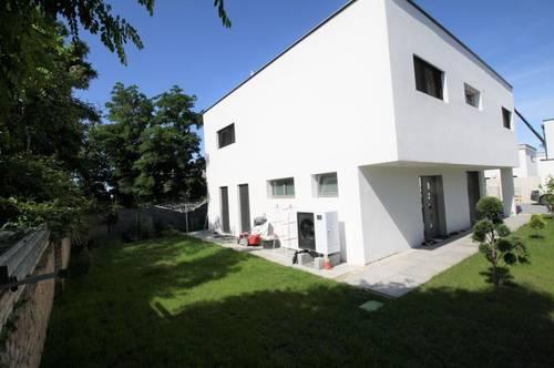 Gfl. 420 m² ** Wfl. 152 m² ** MODERNES TRAUMHAUS mit Pool und 6 Zimmer