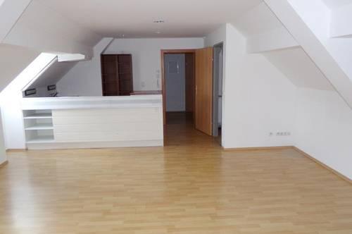 Großzügige Mietwohnung (97m²) mit 3 Schlafzimmern in zentraler Lage in Fürstenfeld!