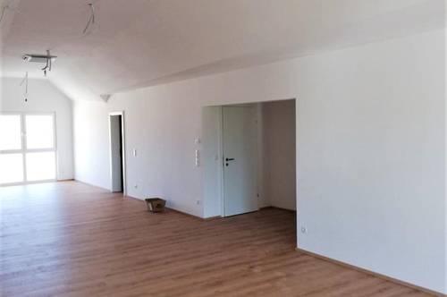 Erstbezug: Großzügiges Büro (104m²) mit Lift und Balkon im Zentrum von Fürstenfeld!