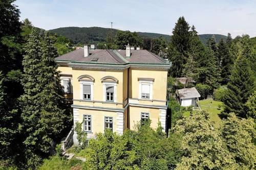 Großzügige Jahrhundertwendevilla im Zentrum von Purkersdorf