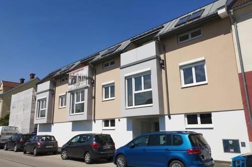 Ruhelage, schlüsselfertig, Maisonette! Ihr ruhig gelegener Wohntraum inkl. Terrasse & Parkplatz mitten im beliebten Wiener Neustadt!
