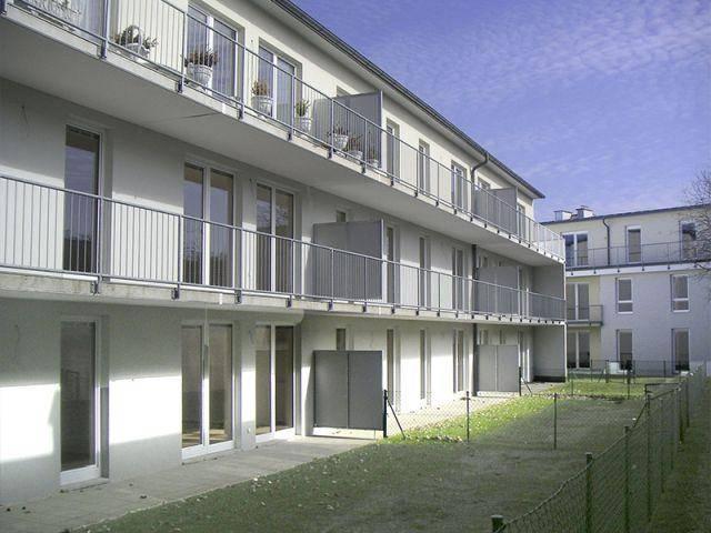 Bad Vöslau. Geförderte 4 Zimmer Wohnung | Loggia | Miete mit Kaufrecht.