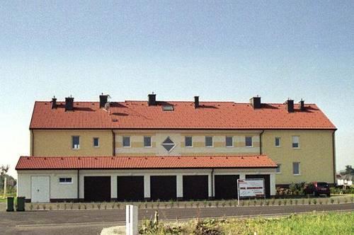 Dobermannsdorf. Ab 2022: Geförderte 3 Zimmer Wohnung | Balkon | Miete mit Kaufrecht.