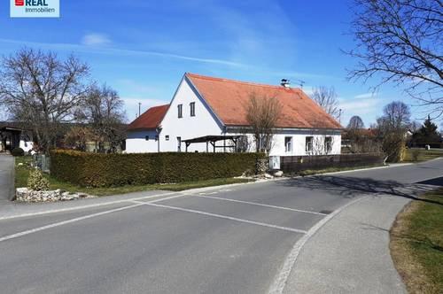 Bauernhaus mit viel Baugrund und artesischem Brunnen Nähe Fürstenfeld