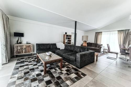 Unvergleichbare Rarität! Haus mit Freizeitwohnsitz, Waldgrundstück und zwei Einliegerwohnungen...
