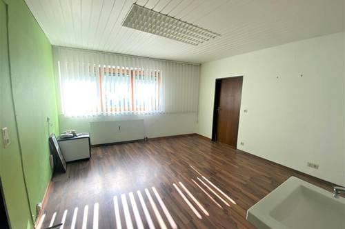 Büro, Arztpraxis, Ordination, Kosmetik Studio, Physiotherapie in sichtbarer Frequenzlage von Landeck/ Öd