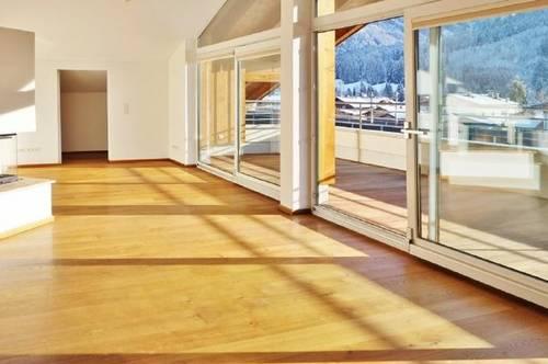 Große, sonnige Penthousewohnung im Zentrum von Brixen zu mieten