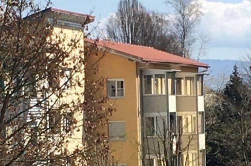 Komfortable 3 Zimmerwohnung mit Loggia, Gartenanteil und Bergblick!