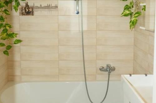 Das blühende Badezimmer