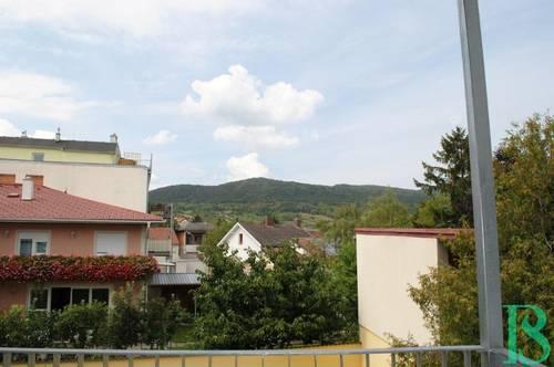 Familien-Traum mit 2 Balkonen bei der Weinbergstrasse!